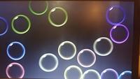 Win10でスクリーンセーバーをバブルに設定したのですが、Win7やWin8は背景が映ったのにWin10では真っ黒になるのはそういう仕様なのでしょうか?