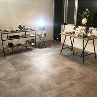 こちらの床材の種類や品番がわかる方いらっしゃいましたら、教えてください。宜しくお願いいたします。