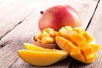 マンゴーとパパイヤの違いって見て食べてすぐ分かる? (^。^)b