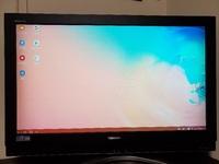 スマホGalaxy S10に入っている動画をテレビで再生するため、type-c対応のHDMIケーブルを購入しました。 ですがテレビには接続しても以下の画面が表示され、スマホ画面が映りません。  なにか設定が必要なのでしょうか…