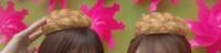 坂道パーツクイズ⊿其の269 画像のメロンパンを頭にのせてるのは  現役または、元坂道メンバーの  左右それぞれ、誰と誰でしょう?