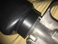 東京マルイ スタンダードm16a1のハンドガードが外れやすいのですが直すにはどうすればよろしいのでしょうか? サバゲーだと走ったりするので簡単に外れます。odのテープで一応根本固定にしてます