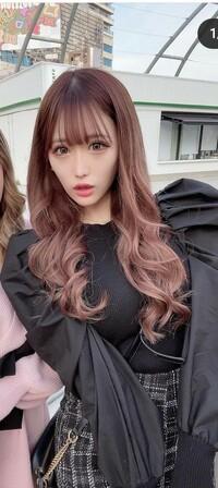 ブルベ冬の髪色について  ブルベ冬は画像のような髪色は似合わないですか? 毛先にかけてピンクが明るくなるグラデーションカラーです。
