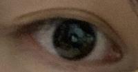 私の目は二重ですか? 奥二重ですか? もし二重なら並行型か末広型どっちですか?