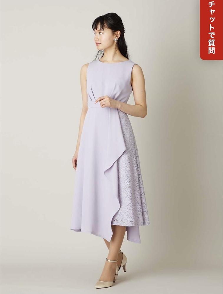 写真のエメのドレスですが、だいたい何歳ぐらいが着る(似合う)服に見えますか?