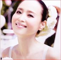 松田聖子は、「女性アイドル」 中森明菜は、「あの人は今」  の分類訳で、いいですよね??