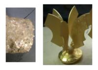 鋳造で質問なんですが、なぜここまでデコボコに(左側の図)鋳造されるのかわかりません。 一時間加熱した石膏の中に真鍮を流し込み振動、真空ポンプでガス、空気を抜き、そのあと圧迫して仕上げたのですがデコボ...