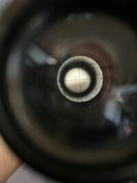 FW Opticalスコープ(中古)を買ったのですがゼロインしようと思い覗いたらレティクル?センタークロス?が右に87度程回っていました。 こちらの修正は可能でしょうか?