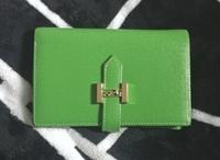 このエルメスのお財布はなんという種類の物でしょうか? 頂いた物なので詳しく教えて貰えると嬉しいです。