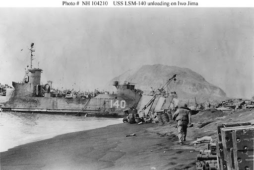 なぜこの揚陸艦(LSMー140 エンジン=フェアバンクス・モース)は流体クラッチを備えてるんでしょうか?