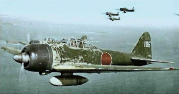 現在零式艦上戦闘機はなぜ世界に二機しかないのでしょうか設計図があるなら数機生産して博物館等に飾ったり保存してパレードの時に飛ばすとかしないのでしょうか もし今零戦を生産するとしたら一機あたりどれくらいの費用がかかりますか?