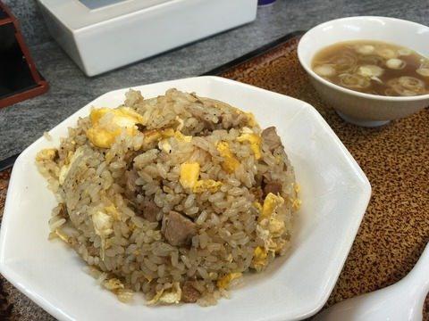 僕は炒飯が好きですが西洋人も米を炒めて食べますか? ピラフとかパエリアみたいに煮るんじゃなくて米を炒めることはありますか? もしあったら、どんな味付けをしていますか? よろしくお願いします。