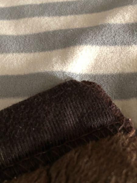 畳 畳が太鼓のように 音が反響します。 布団を敷く時おろか、毛布を敷く時 角が当たったらポーンと汗 ↓普通のどこにでもある毛布です。 歩いたら軋むし、、畳がダメなんでしょうか それとも畳よ...