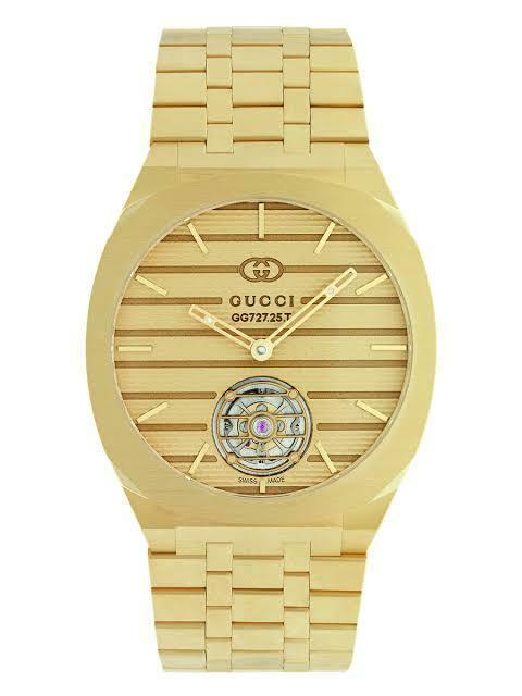 GUCCIのこの時計何円なの?