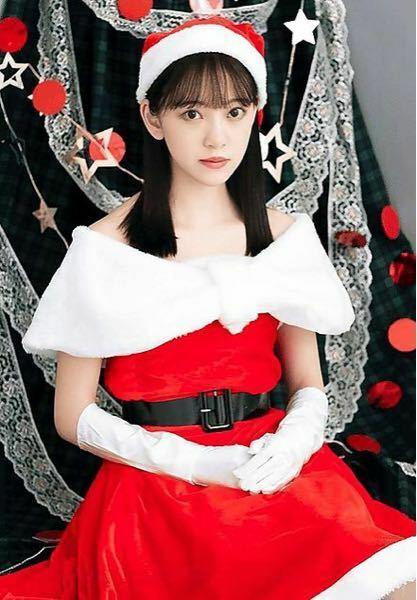 男性に質問。 このサンタコスプレをしている女優・堀未央奈さんが可愛いと思いますか?
