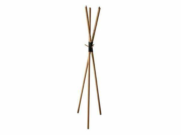 3本の棒が交差して、自立するこういうのって名前とかあるんですか? 高さ30cmくらいのこういう家具を探してます。
