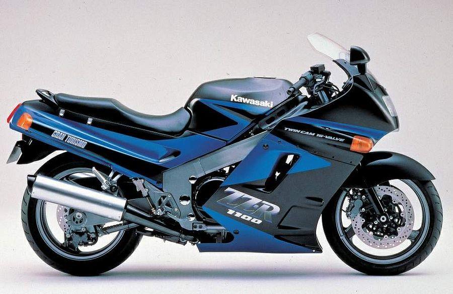昔の150馬力と今の150馬力。 同じ150馬力だと昔と今のバイクだったらどっちが速いのですか。 ・・・・・・・・・・・・・・・ 例えば30年前に147馬力で登場したZZR1100は当時は世界最速のバイクでしが。 例えば今のカタナは148馬力ですが。 今は148馬力はカタナ以外にもいろいろありますが。 いろいろあるくらいなので今では150馬力は普通ということになりますが。 それはそれとして。 例えば昔のZZR1100と今のカタナ。 馬力はだいたい同じですが。 昔の150馬力と今の150馬力。 どっちが速いのですか。 と質問したら。 乗り手とステージによる。 という回答がありそうですが。 アナタの運転技術で高速道路だとどっちが速いのですか。 と質問したら。 スピード違反で捕まります。 という回答がありそうですが。 ファンタジーということでいいのでは。 それはそれとして。 ZZR1100でもカタナでもバイクの車種はなんでもいいのですが。 昔の150馬力と今の150馬力だとどっちが速いのですか。