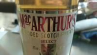 マッカーサーというスコッチ系のウイスキーがあるんですが、アメリカの軍人のマッカーサー元帥と関係ありますか?