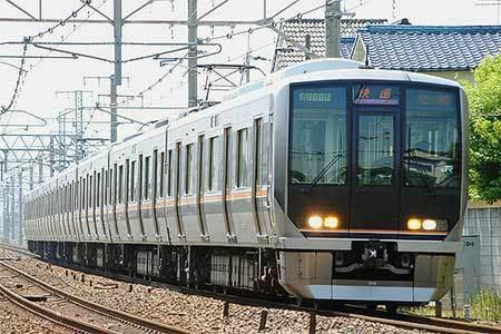 JR西日本の電車で好きなのは❓ ぼくはこの321系