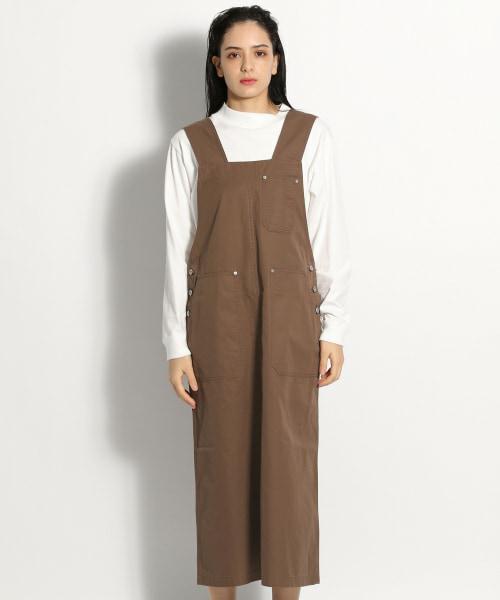 このブラウンはブルベサマーのカラーでしょうか? 下記のジャンパースカートですが、ココアのような色味に見えますか? 白を混ぜたココアのようなブラウンが似合うようですが…