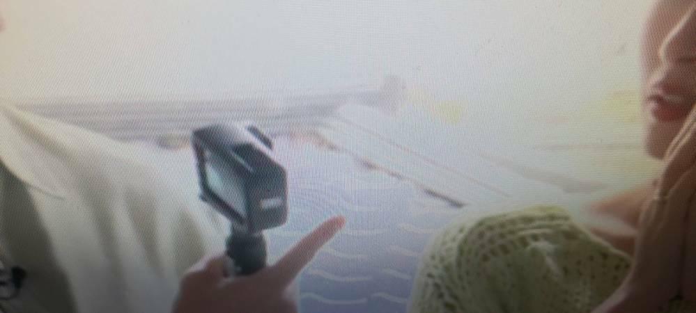 このカメラが欲しいんですけど、なんていう名前で、どこに売っているのかわかりません。 ワイヤレスで、切り替えられてって奴なんですけど...