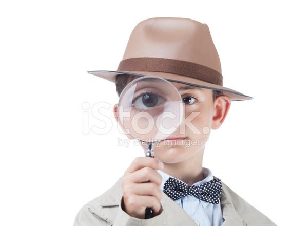 興信所に浮気調査を依頼したら虫眼鏡を持った探偵さんが現れたりしたらやっぱりがっくりしますか。