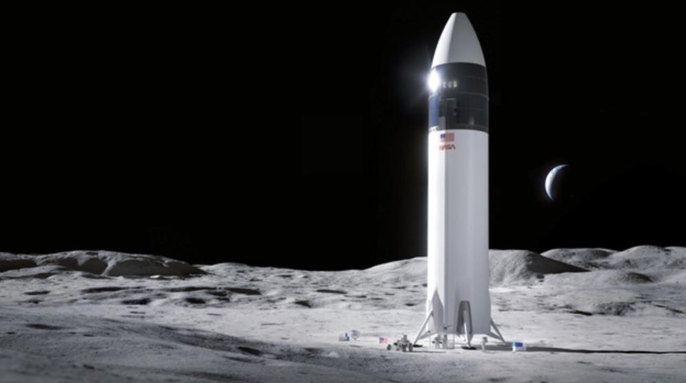 月に逆噴射着陸して、、暫くして爆発しませんよね