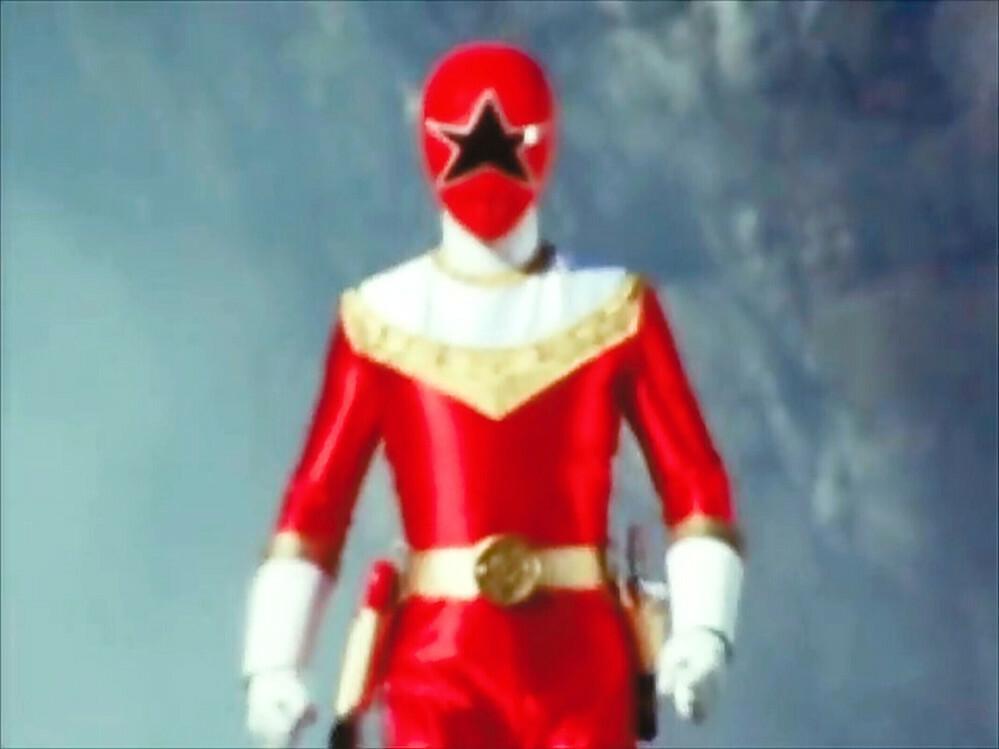 世代が分かれる?質問 あなたが赤のヒーローと聞いたら何と答えますか?