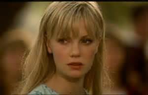 「パラサイト」にでていた女優さんですが デライラ役の方と同等に美人だったと思います。 同じような質問してますが 映画のジャンルを問わず美人だと思った女優さんを 教えてください。 できればあまり有名じゃない方の方がいいです。