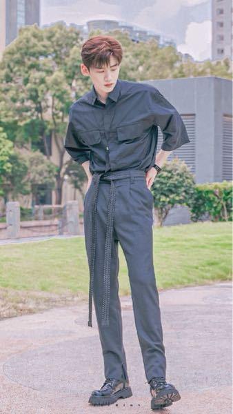 これ誰ですか?Kpopアイドルか韓国の俳優さんとかだと思うんですけど…