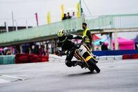 去年からミニバイクにてサーキット走行を本格的に始めました。 イベントがあり、写真を撮って頂いたのでフォームチェックお願い致します。