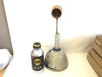 茶道具屋さんの遺品なのですが、 何に使う物で商品名等 お判りになる方はいらっしゃいますでしょうか? ご教授頂ければ幸いです。