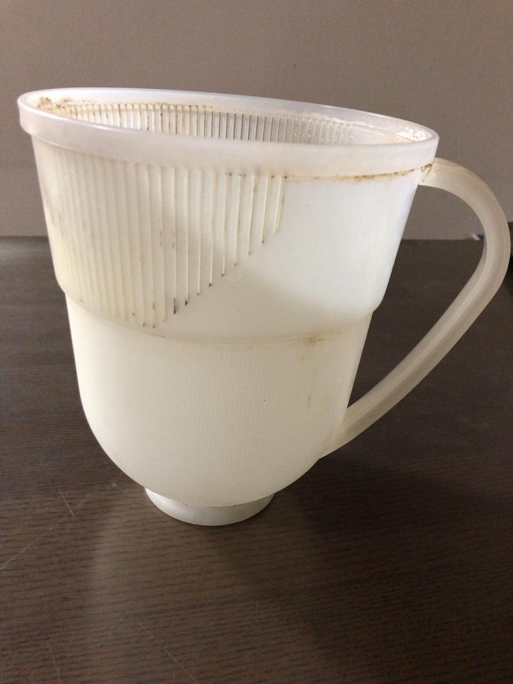 母がお米を洗う際にこれを使っているのですがなんというのでしょうか? そろそろ新しいものが欲しいようなのですが名称が分からず調べられませんでした…