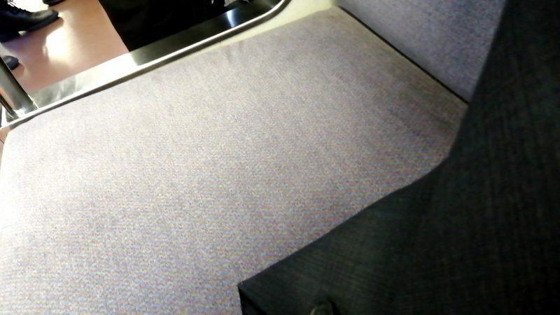 写真のシートは関西の電車のものらしいのですが、どの路線のものかわかりますか?