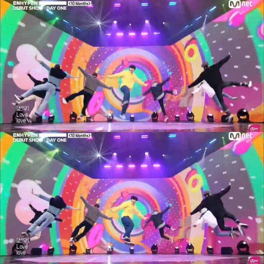 ダンスの技についての質問です。 斜めに足を開きながらジャンプし、足どうしでタッチしている技はなんというのでしょうか? 韓国アイドルのダンスの振りによく出てきます。例えば BTS Anpanman ENHYPEN 10months など