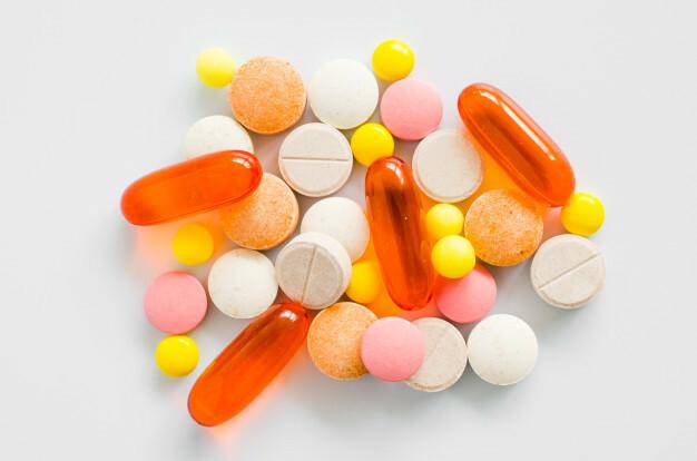 きれいな色の錠剤といえば何ですか?? ブログに書きたいので教えて下さい
