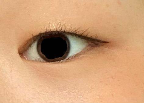 この目の形は何ですか?