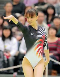 体操の田中理恵さんとフィギュアスケートの浅田真央さん、どちらがエレガントですか?