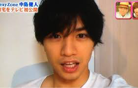 岩橋と松村はすっぴんだとアイドルに見えないのになぜアイドルをしているんでしょうか? ちなみにけんてぃーもヒゲが生えていたらアイドルに見えないかも?って思います(ヾノ・∀・`)ムリムリ