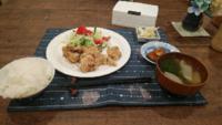 夕飯にから揚げ学校食べたくなりますか