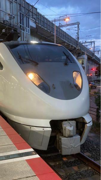 この列車は683系のこうのとりだと思うのですが、あっていますか?教えてください!