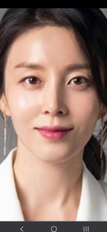 韓国女優のパク・テインは整形していると思いますか?