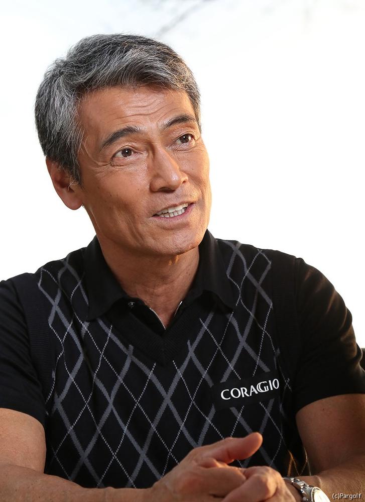 渡辺裕之さん、イケメンだと思いませんか?65歳であの筋肉は凄いです。歳の影響か声はガサガサになってしまいましたが、いい歳のとり方をしていると思いました。