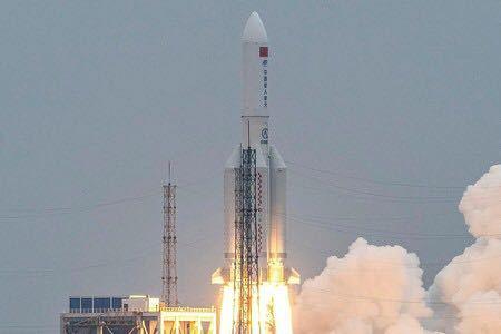 中国の打ち上げロケット、まじで無責任すぎませんか? 自国で作って飛ばしとして、ほったらかしじゃないですか。 中国政府は何考えてるのでしょうか? NASAみたいに回収してほしいし、あんなポルトガルやインドみたいな他所のところに落ちるって迷惑すぎませんか?