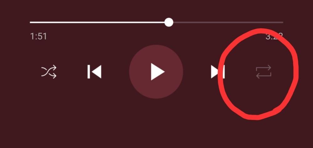 Youtube musicでGoogle Home miniを使って音楽を流しています。この機能で音楽を繰り返し再生したいのですが出来ません。 シャッフルボタンは押せても繰り返しのボタンが押せません。 Youtube Premiumには加入しています。 ユーチューブにも問い合わせをしたのですがYoutube Premiumに加入したいればYoutube Music Premiumと同じ機能が使えるということで繰り返し再生も出来るという回答を貰いました。ですが何をしてみても繰り返し機能が使えません。 Google Home では繰り返し再生は出来ないのですか?なにかわかるかたがいれば教えて下さい。 よろしくお願いします。