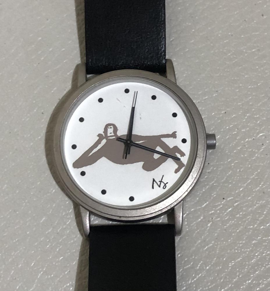 腕時計、猿のイラストの作家を教えて頂けますでしょうか。