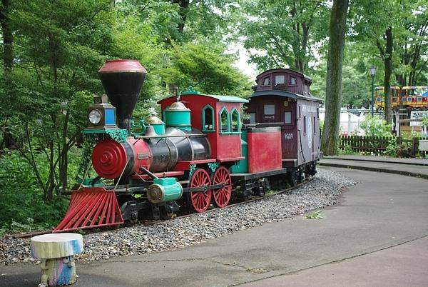 としまえんが閉園したらこの機関車はどこへと移動されますか? 移動先をお答えください!!
