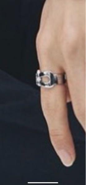 写真の型の指輪はなんと検索すればでてくるのでしょうか?それと写真に似た型でおすすめの指輪がえれば是非教えてください