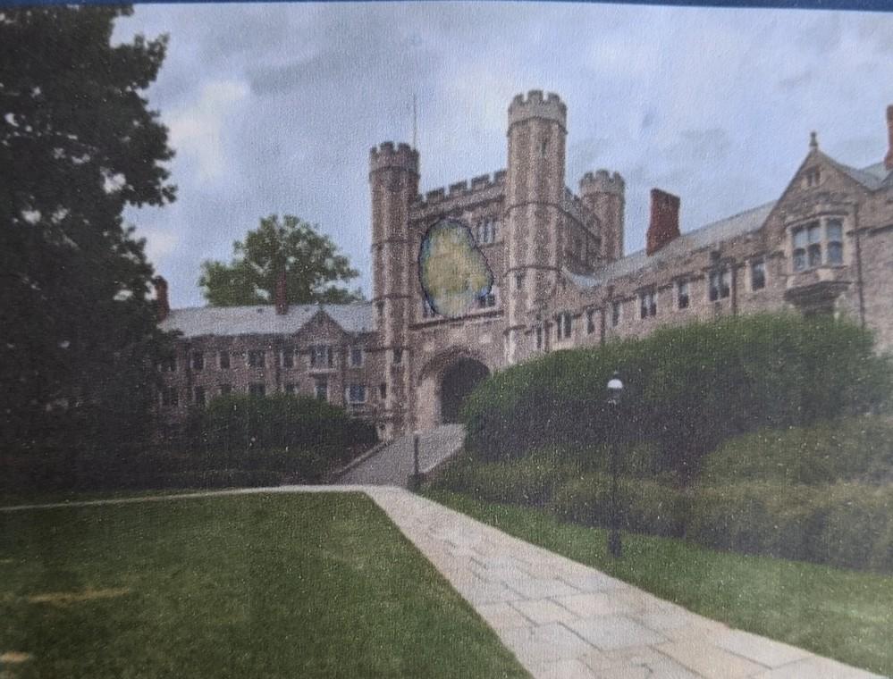 世界名門大学のようですが、どこの大学ですか?