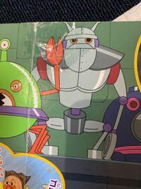 アンパンマン とバイキンUFOロボという本に出てくるこのロボットの名前がわかりません。 どなたかご存知の方教えてください。